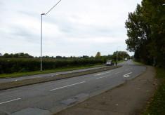 Cambridge Road towards Hauxton