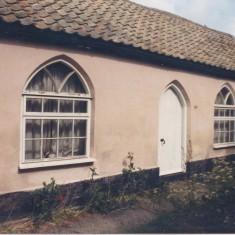 No 20 Church St old classrooms at rear 1988   (Deacon)