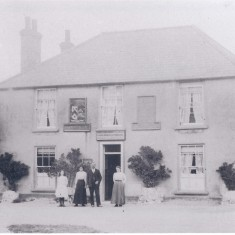 1912. No 2 Pemberton Arms. landlord Owen Churchman. | (Deacon)