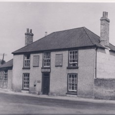 1947. No 2 Pemberton Arms. | (Deacon)