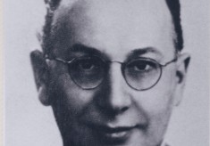Dr W. E. Ripper