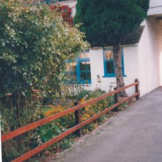 1994 Part of the front of Fountain Cottage opposite Memorial Green | (Deacon)