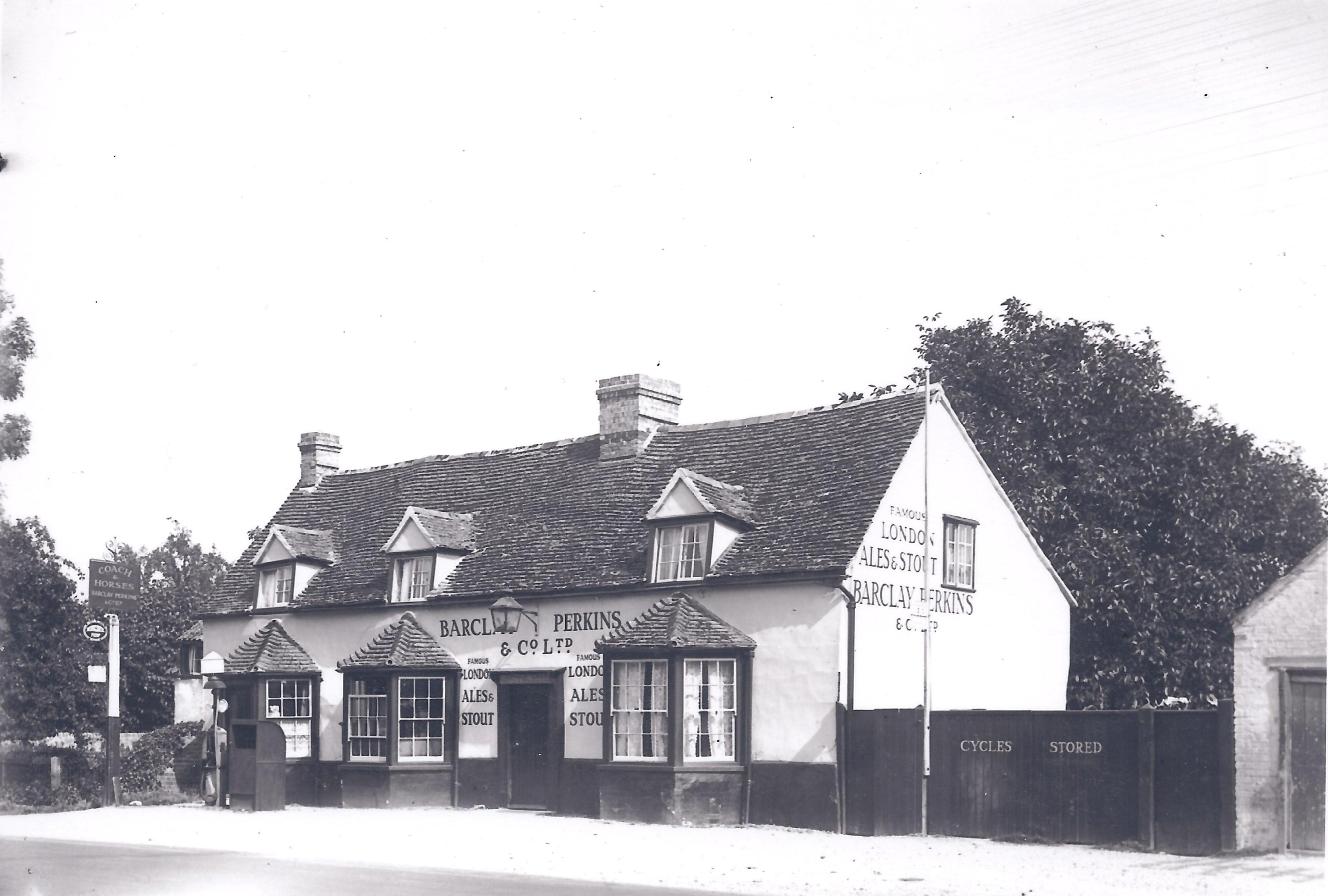 coach hideaways surrounding two cottages villages rentals hoots norfolk holiday thornham cottage