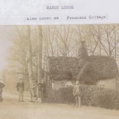 No 50 Manor Lodge | (Deacon)