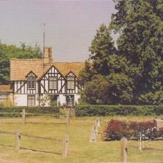 War memorial & No 1 High St | (Deacon)