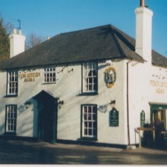 1999. No 2 Pemberton Arms. | (Deacon)