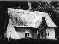Mill Cottage in 1950s, seen from Royston Rd