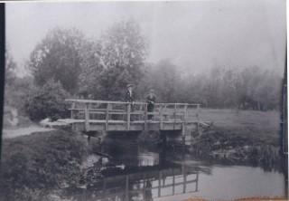 Burnt Mill Bridge over River Rhee on Harston to Haslingfield footpath 1905 | (Deacon)