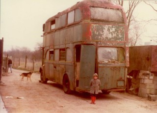 Jill Thorne's bus 1980s, Willow Farm, Button End | (Bates)