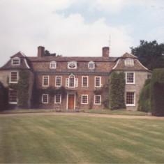 Harston Manor 1988 | (Deacon)