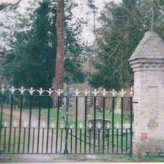 Churchyard entrance | (Deacon)