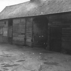 Rear left building behind No 49 High St 1960 | (Bowden)