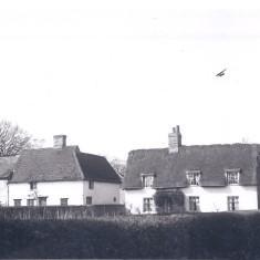 Nos 91 & 93 High St Park House Cottages 1930s | (Deacon)