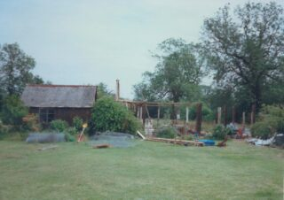 1997 No 96 High St Manor Farm owned by Dennis Chapman & later by Dora Radford | (Deacon)