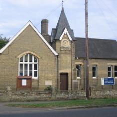 2014. Harston & Newton Primary School. | Griffin)