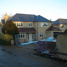 Nov 2015. A detached house, the third property on this plot. | (Griffin)