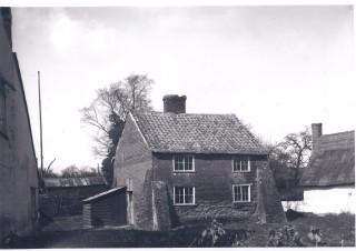No 21 High Street - The Dovecote 1931 | (Deacon)
