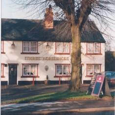 No 21 High Street - The Three Horseshoes 1994 | (Deacon)