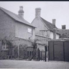 No 59 High St rear Castle Cottage, garage access  via the Premier Travel yard 1950 | (Deacon)