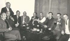 Frederick David Arbon, 5th from right at pub outing