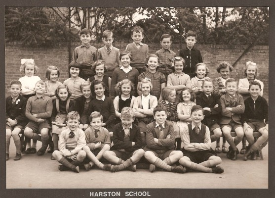 Mrs Barnes' class 1955-7? | (J Wick)