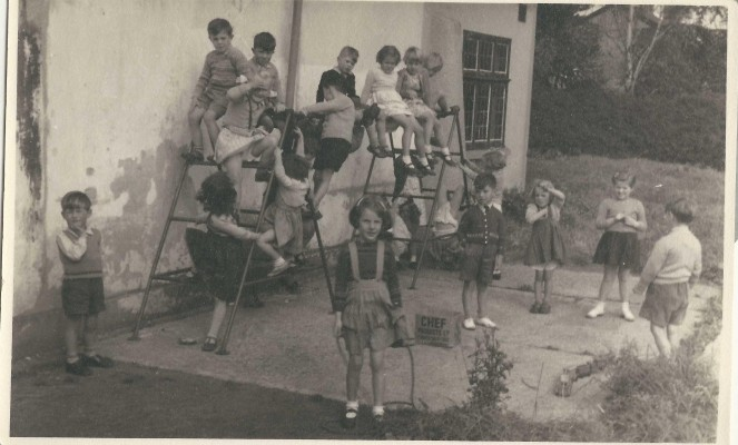 School class at Village Hall 1956 | (Deacon)