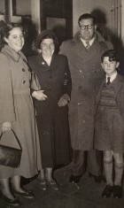 Jean Boulton, Muriel, Jim & Peter Wick, early 1950s.
