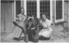 Signe Laven and carers Anna Lisa Appelgren & Alice Persson 1948 at Sunbourn