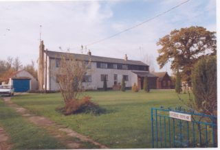 Fleece cottages with extensions, end 1991 | (Deacon)