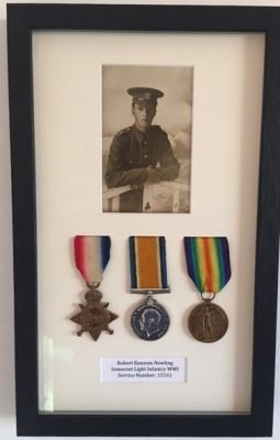 Robert Ransom Newling in WW1 with medals