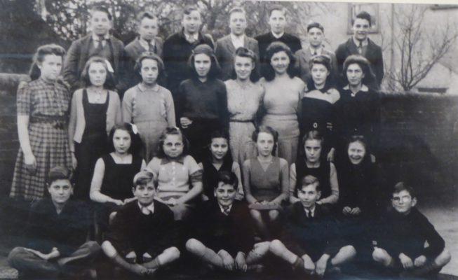 1943-47 Harston School Class | (Deacon)
