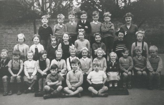 Harston School Class 1950s? | (Deacon)