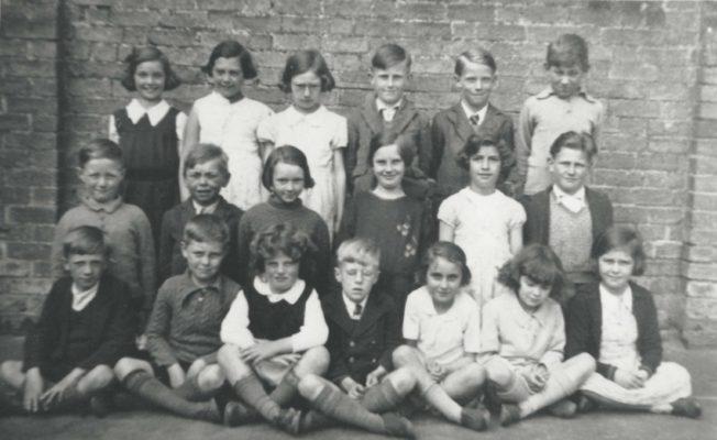 Harston School Class around 1938-40 | (Deacon)