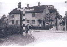 No 4 and 6 Button End (formerly Nos 5 and 6 Hill View Cottages) and their occupants