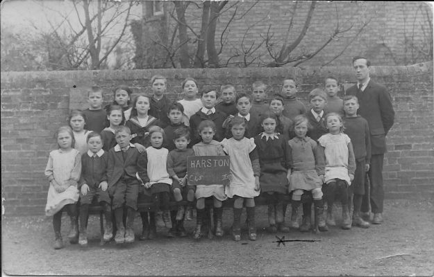 1918-9 Harston School Class photo pupils age 6-7 | (M Barrett)