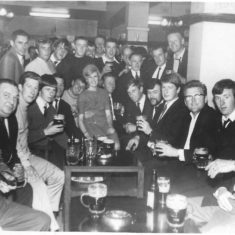 Patrons of Coach & Horses: date unknown | (B Arbon)