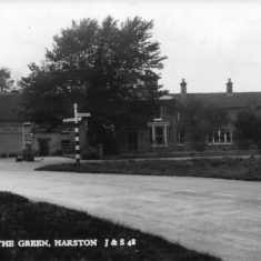 Queen's Head to No 40 Royston Rd pre 1930s | (S Joiner)