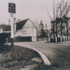Queens Head 1930s note car & tumble cart | (Deacon)