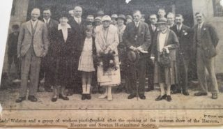 Harold to right of Lady Walston in centre, daughter Sheila to left | (E Gershon)