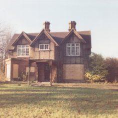 Pinehurst in state of disrepair 1989   (Deacon)