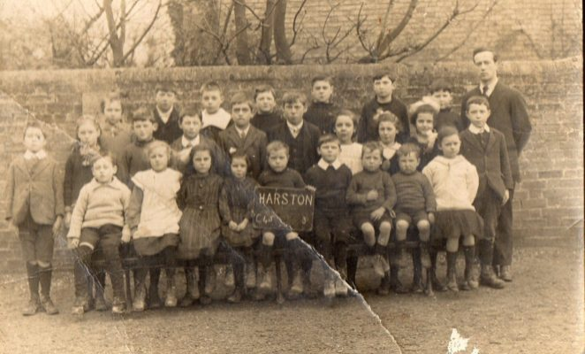 1917-8 School photo with Bert Collins B1906 centre behind boy with board Harston | (Margaret Collins)