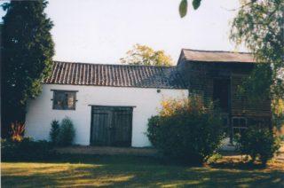 Old barns, 11 Royston Rd | (Deacon)