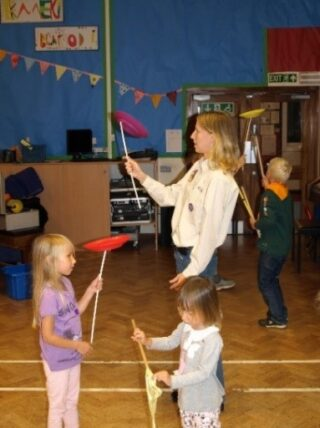 Cubs trying out circus skills